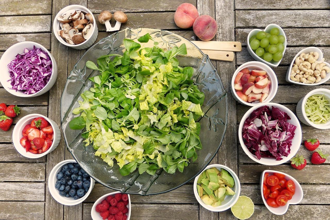 ingrédients pour composer une salade fraiche